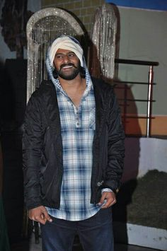 Bahubali Movie, Prabhas And Anushka, Ktm Duke 200, Prabhas Actor, Prabhas Pics, Mens Fashion Wear, Latest Hd Wallpapers, Emoji Wallpaper, Vest