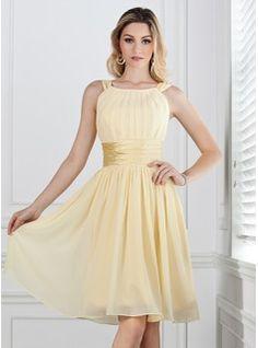 A-Line/Princess Scoop Neck Knee-Length Chiffon Charmeuse Bridesmaid Dress With Ruffle (007004142) - JJsHouse