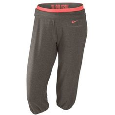 Nike Womens Obsessed Capri Pants. Need these to match my cheetah running shoes.