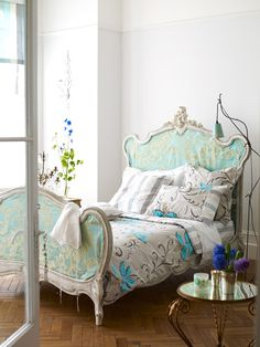"""I like the color scheme... the subtle pops of color. (is there a contradiction in """"subtle pops"""" ?) It's there but not loud. I want my bedroom to be relaxing.  #decorating #style"""