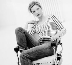 My favorite - Julie Delpy Breton Stripe Shirt, Striped Tee, Before Sunrise Movie, Before Trilogy, Julie Delpy, 80s And 90s Fashion, French Actress, Sweet Nothings, Celebs