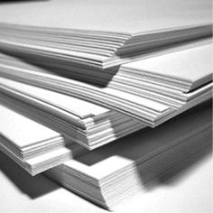 کاغذ اینوردبرد مقوا ایندربورد مقوایی جهت بسته بندی می باشند. که در قسمت مغزی آن از مواد بازیافتی(مانند پشت طوسی) بکار رفته و در دو طرف دیگر لایه پالپ سفید