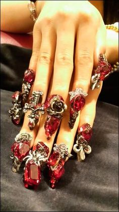 3d nails: jeweled