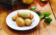 Citronovo - mátové mušličky Baked Potato, Food And Drink, Potatoes, Baking, Ethnic Recipes, Lemon, Bread Making, Patisserie, Potato