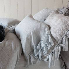 Shop Bella Notte bedding, romantic looks such as lace pillow shams, silk printed sheeting and linen duvet covers, from our San Diego & Orange County outlets. Linen Sheets, Linen Bedding, Bed Linen, Dreams Beds, 3 Piece Sectional, Buy Chair, Cottage Chic, Cottage Style, Farmhouse Style