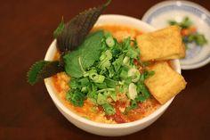 Vietnamese crab rice noodle soup