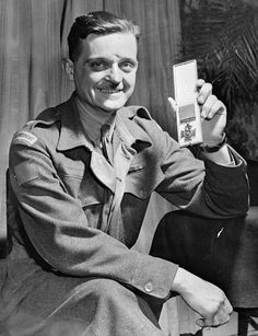 Major Paul Triquet, V.C., Royal 22e Régiment, Quebec City, Québec, Canada, 12 April 1944