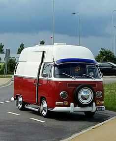 Vw camper highroof Volkswagen Bus Camper, Vw Bus T2, Volkswagen Minibus, Vw T1, Combi Wv, Kombi Motorhome, Vespa, Kdf Wagen, Kombi Home