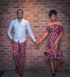The most classic collection of beautiful traditional and ankara styles and designs for couples. These ankara styles collections are meant for beautiful African ankara couples Couples African Outfits, African Attire, African Wear, African Dress, African Style, African Women, Ankara Styles For Men, Ankara Gown Styles, Latest Ankara Styles