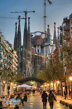 La Sagrada Familia (Barcelona) ✈✈✈ Don't miss your chance to win a Free Roundtrip Ticket to Madrid, Spain from anywhere in the world [GIVEAWAY] ✈✈✈ https://thedecisionmoment.com/free-roundtrip-tickets-to-europe-spain-madrid/