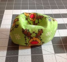 Hey, I found this really awesome Etsy listing at https://www.etsy.com/listing/211507956/elf-on-the-shelf-beanbag-chair