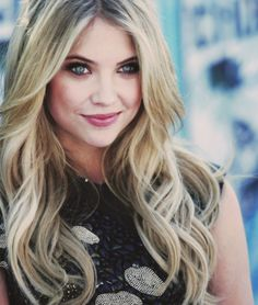 I love Ashley Benson's hair!! Liz I love this for you! @Elizabeth Conrad