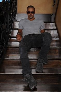 Shemar Moore!  If someone were to ask me what I wanted for my next birthday I'd be able to tell 'em!