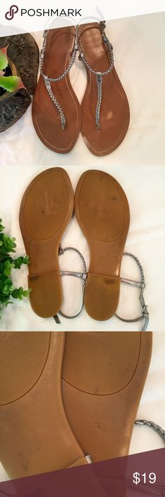 ⭐️Sale⭐️ Ralph Lauren Silver Sandals, Size 10 Rolf Lauren metallic silver thong sandals with thin braided straps. Side buckle with 5 holes. These cute sandals were gently used and still had lots of steps left. Ralph Lauren Shoes Sandals