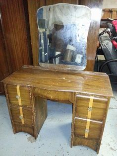 A bit of TLC with Annie Sloane chalk paint and this would be gorgeous. Second Hand Furniture, Annie Sloan Chalk Paint, Old Furniture, New Hobbies, Desk, Painting, Home Decor, Desktop, Decoration Home