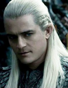 Orlando Bloom. This is a surprisingly good look for him.