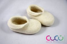 These felted slippers are made from merino wool. During the felting process I only use natural tools: hot water and soap. Felted slippers are perfect for wearing inside. They are soft and so light they are almost imperceptible, they will fit like a second skin. You will love these slippers, because of their softness and comfort. The slippers will let your feet breathe, your feet will not get too hot or too cold - natural wool slippers will keep the temperature of your body because of the…