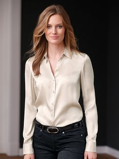 Bluse aus 100% Seide mit Hemdkragen Estilo India, Satin Bluse, Satin Shirt, Beautiful Blouses, Blouse Outfit, Elegant Outfit, Satin Dresses, Classy Outfits, Minimalist Fashion