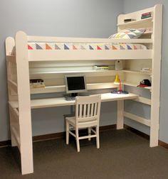 lit mezzanine avec bureau en bois, chaise en bois, design minimaliste