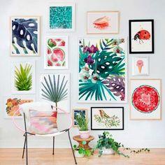 Cuadros, cestas de mimbre o mapas del mundo, descubre cómo puedes decorar tus paredes de la forma más original.
