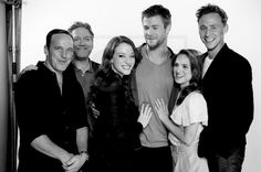 The fantastic people who brought us Thor! L to R: Clark Gregg (Agent Coulson), director Kenneth Branagh, Kat Dennings (Darcy), Chris Hemsworth (Thor), Natalie Portman (Jane Foster), Tom Hiddleston (Loki).