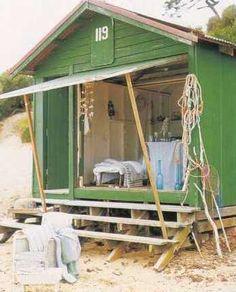 Beach hut love.