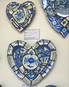mosaic hearts created from cracked vintage plates. #mosaicart #recycledart #exhibition #vintage #hearts #devonartist