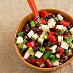 Riquísimo:Frijoles, jícama, tomate y cilantro #Alimentos #Colpac #vegan #vegetariano