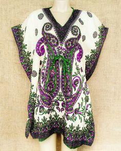 Vestir-se bem é uma forma de cuidar do corpo e da alma... Sinta o conforto experimentado por vários povos no uso dos kaftans.  Mais informações pelo nosso whatsapp: 13 982166299  #modaetnica #kaftan #boho #hippie