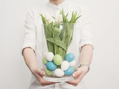 DIY-Anleitung: Osterdekoration für Blumenvase selber machen / diy tutorial for Easter decoration via DaWanda.com