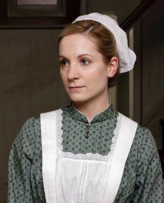 Joanne Froggatt dans le rôle d'Anna Smith dans la saison 1 de « Downton Abbey ».