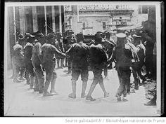 Prisonniers kemalistes [lors de la guerre gréco-turque] : [photographie de presse] / [Agence Rol] - 1