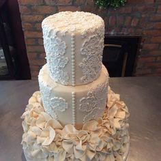 Instagram post by Evelyn keplinger • Sep 29, 2018 at 11:37am UTC Cake Shop, Pillar Candles, Instagram Posts, Desserts, Food, Tailgate Desserts, Patisserie, Deserts, Essen