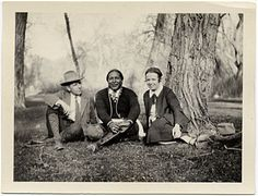 Citation: Arnold and Irmgard Rönnebeck with Tony Luhan, 1926 / unidentified photographer. Arnold Rönnebeck and Louise Emerson Rönnebeck papers, Archives of American Art, Smithsonian Institution.