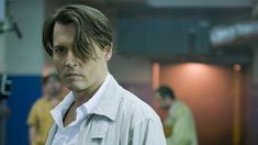 Douglas Brinkley gives an exclusive glimpse into the making of The Rum Diary and unveils a mentorship documented in Johnny's own tattoos. When Johnny Depp strapp… Johnny Movie, Johnny Depp Movies, Johnny Depp Fans, Young Johnny Depp, Young And Beautiful, Beautiful Men, The Hollywood Vampires, Lisa Marie Presley, Captain Jack Sparrow