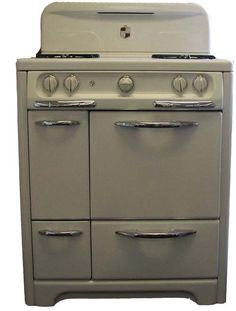 Buckeye Appliance, Stockton, CA  (209) 464-9643 - Stoves in the Showroom