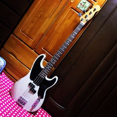 Fender(made in MEXICO)MIKE DIRNT PRECISION BASS