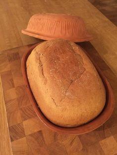 Mitt recept på en luftigare variant av Upplandskubb. - Frallans Matblogg Bread Recipes, Baking Recipes, Snack Recipes, Snacks, Vegan Baking, Bread Baking, Danish Food, Swedish Recipes, Bread Cake