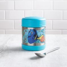 Don't forget to eat lunch, Dory! The Thermos double wall stainless steel vacuum insulated construction ensures maximum temperature retention for hot or cold food. With a twist on lid and wide mouth opening the funtainer is easy to fill but won't accidentally spill in your lunch bag! Jar Storage, Food Storage, Knife Block Set, Eat Lunch, Finding Dory, Cold Meals, Bakeware, Kitchen Gadgets, Cold Food