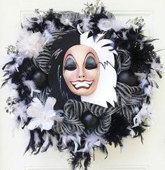 Cruella wreath