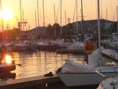 Gimli wharf Small Towns, Surfing, France, Paris, Building, Beach, Photos, Travel, Life