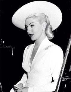 Lana Turner Hat The glamorous Lana Turner looks gorgeous in completely white ensemble! For more Lana pics and info, and all things Classic Hollywood, visit my website! Hollywood Stars, Hollywood Icons, Golden Age Of Hollywood, Hollywood Actresses, Actors & Actresses, Hollywood Quotes, 1940s Actresses, Hollywood Curls, Paul Hollywood