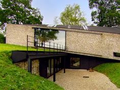 Grand Designs - Newbury farmhouse