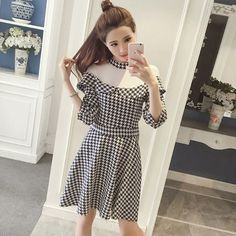 Buy Everose 3/4-Sleeve Tulle Panel Houndstooth Dress at YesStyle.com! Quality products at remarkable prices. FREE Worldwide Shipping available!