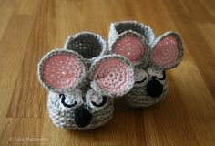 Crochet baby booties pattern, sleepy mouse booties pattern INSTANT DOWNLOAD by Luz Patterns $4.99