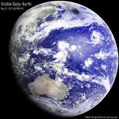 ¿Qué es esa mancha oscura en el planeta Tierra?   Descontamina
