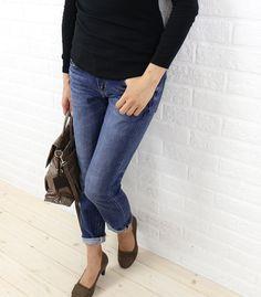 "RED CARD(レッドカード) コットン スリム ボーイフレンド デニムパンツ  ""Anniversary 20th""・64503  #REDCARD Clogs, Pants, Fashion, Clog Sandals, Trouser Pants, Moda, Fashion Styles, Women's Pants, Women Pants"