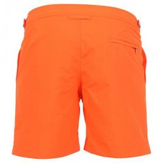 BULLDOG ORANGE NYLON MID-LENGTH BOARDSHORTS Bulldog orange nylon mid-length swim shorts with two front pockets and back zippered pocket. Side adjustable straps with metal buckle. Internal net. Snap button and zipper closure. COMPOSITION: 100% POLYAMIDE. Internal net: 100% POLYESTER. Model wears size 32 he is 189 cm tall and weighs 86 Kg.