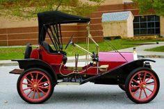 1910 Hupmobile Roundabout Hupmobile - (Hupp Motor Car Corp. Detroit, Michigan, 1908-1940)