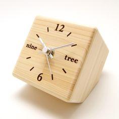 Tree O'clock(ツリー・オクロック)などのノベルティグッズはフロンティアジャパンへ